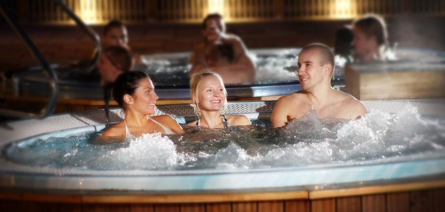 finland_lapland_levi_levitunturi-spa-hotel_hot-tubs.jpg